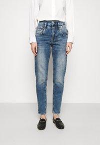 Herrlicher - PITCH CONIC  - Slim fit jeans - retro marvel - 0