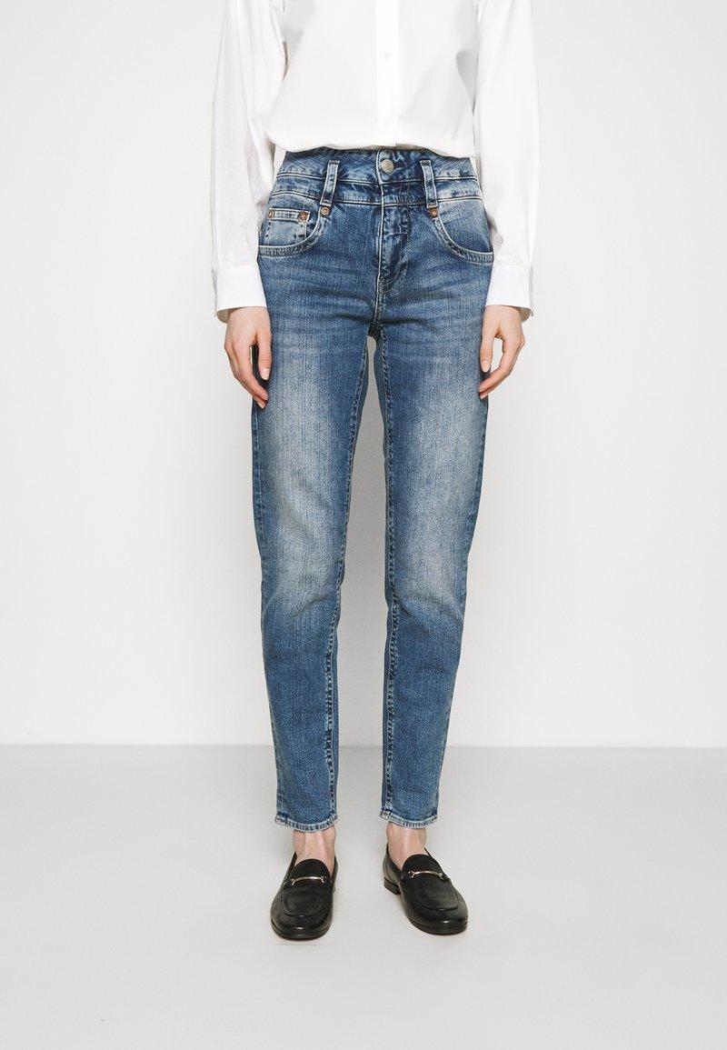 Herrlicher - PITCH CONIC  - Slim fit jeans - retro marvel
