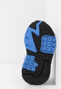adidas Originals - NITE JOGGER - Slip-ons - footwear white/real blue - 5