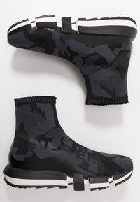 Diesel - H-PADOLA HIGH SOCK - High-top trainers - black - 1