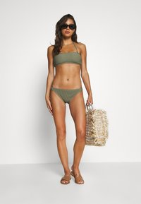 MICHAEL Michael Kors - DECADENT TEXTURE LOGO SIDE RING BOTTOM - Bikini bottoms - army green - 1