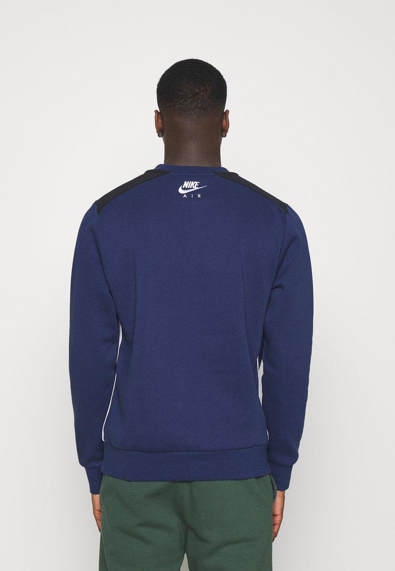 Nike Sportswear - AIR CREW - Sweatshirt - midnight navy/black/white