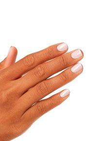 OPI - NAIL LACQUER - Nail polish - nlg 20 my very first knockwurst - 1