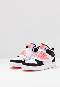 Jordan - SKY 1 UNISEX - Basketball shoes - white/infrared/black - 3