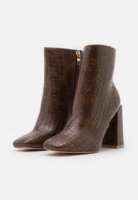 Glamorous Wide Fit - Kotníková obuv na vysokém podpatku - brown - 2