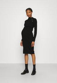 Supermom - DRESS BUTTON - Sukienka dzianinowa - black - 1