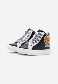 MOSCHINO - Sneakers high - black - 1