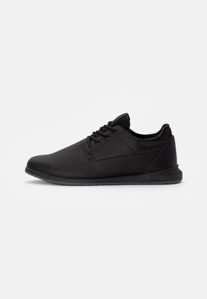 BLUFFERS - Trainers - other black