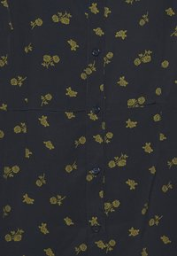 Glamorous Petite - DRESS MINI - Shirt dress - olive - 2