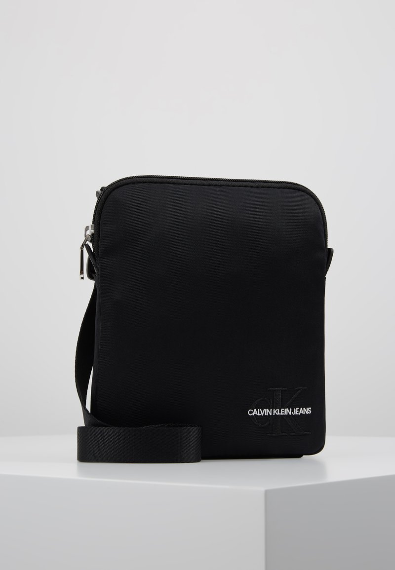 Calvin Klein Jeans - MONOGRAM MICRO  - Schoudertas - black