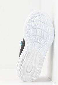 Nike Sportswear - AIR MAX AXIS - Sneakers laag - particle grey/purple/black/blue fury - 5