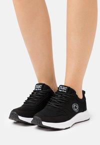 NAE Vegan Shoes - JORDAN VEGAN  - Sneakers laag - black - 0