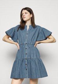 Vanessa Bruno - RIO - Robe en jean - blue - 5