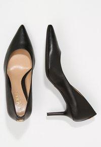 Lauren Ralph Lauren - SUPER SOFT LANETTE - Classic heels - black - 3