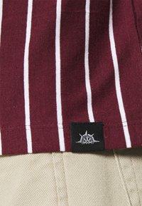 Newport Bay Sailing Club - 2 PACK - Print T-shirt - black / burgundy - 6
