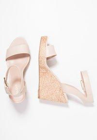 ALDO - UNALIVIEL - Højhælede sandaletter / Højhælede sandaler - bone - 3
