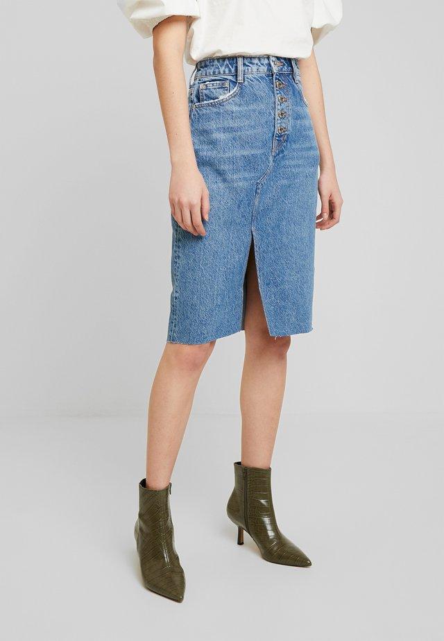 GONNA LONGUETTE - Blyantnederdel / pencil skirts - blue crisp wash