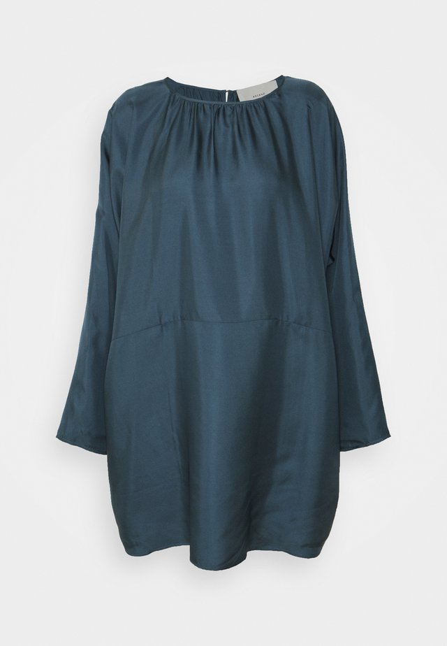 THE RHODES DRESS - Negligé - lake blue