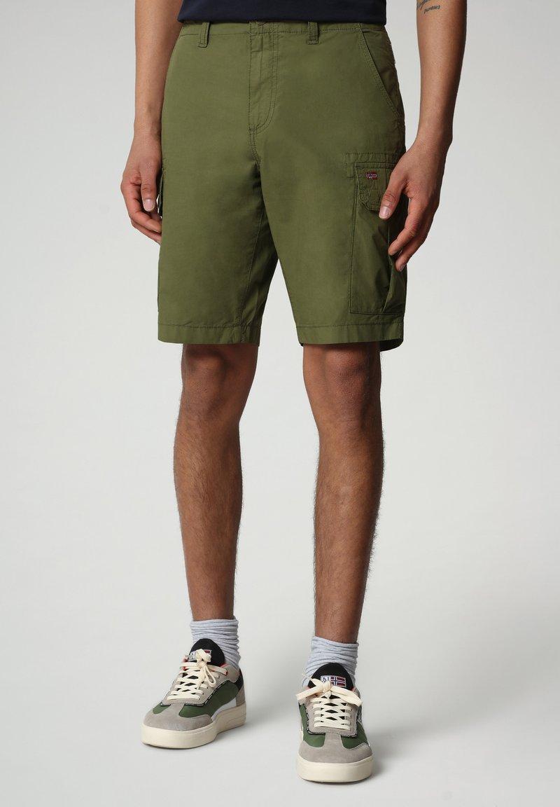 Napapijri - NOTO - Shorts - green cypress