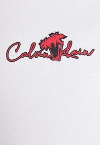 Calvin Klein - SUMMER CENTER LOGO - Felpa - bright white - 5