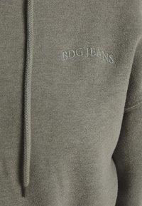 BDG Urban Outfitters - SUPER CROP ZIP HOODIE - Zip-up hoodie - sage - 5
