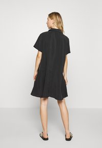 Weekday - KANDI DRESS - Blousejurk - black - 2