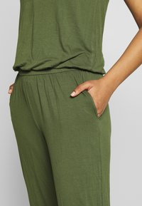 s.Oliver - OVERALL - Complementos de playa - olive - 3