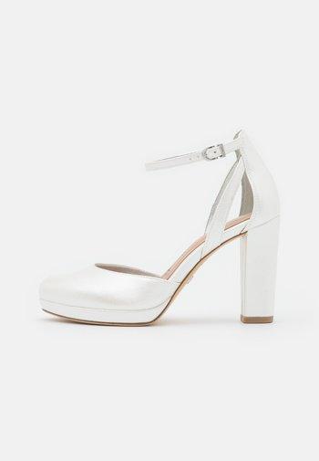 Zapatos de plataforma - pearl