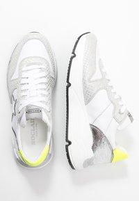 Noclaim - LOGAN  - Sneakers basse - bianco/fluo - 3