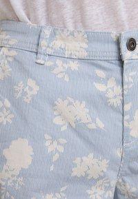 edc by Esprit - BERMUDA - Shorts - off white - 4