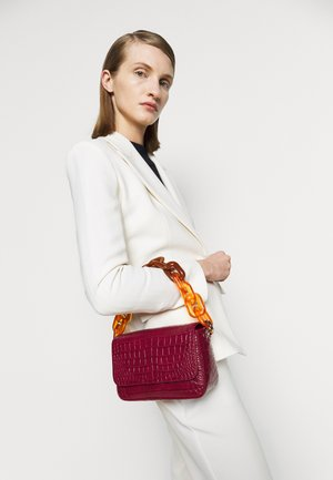 FLAP - Bolso de mano - purple