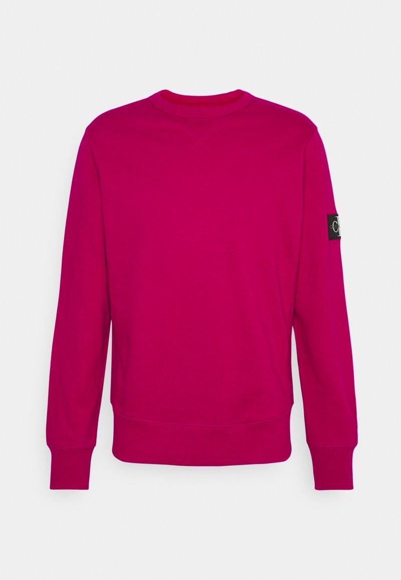 Calvin Klein Jeans - MONOGRAM SLEEVE BADGE - Sweatshirt - cerise