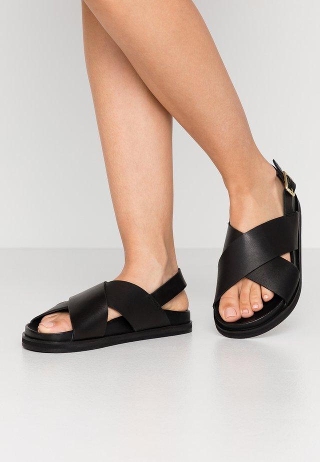 FAMARA CROSS - Sandaler - black