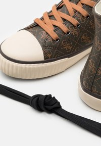 Guess - EDERLE  - High-top trainers - brown/ocra - 5