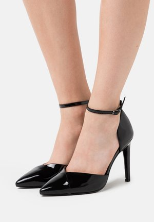 Escarpins à talons hauts - noir