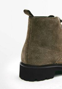 Massimo Dutti - MIT WULSTNAHT  - Lace-up ankle boots - brown - 2