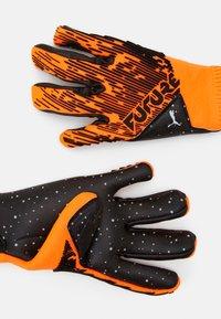 Puma - FUTURE GRIP HYBRID UNISEX - Goalkeeping gloves - shocking orange/black/white - 1