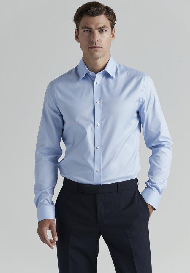 Kauluspaita - light blue