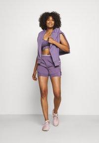 Nike Performance - TEMPO LUXE SHORT - Sports shorts - amethyst smoke/purple pulse/silver - 1