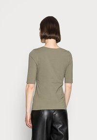 Opus - SANIKA  - Basic T-shirt - soft moss - 2