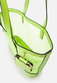 River Island - Tote bag - green bright - 2