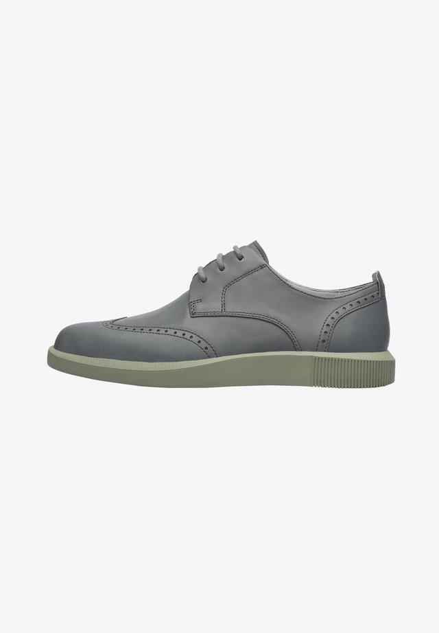 BILL - Zapatos con cordones - grau