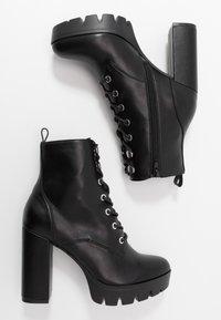Bullboxer - Kotníková obuv na vysokém podpatku - black - 3