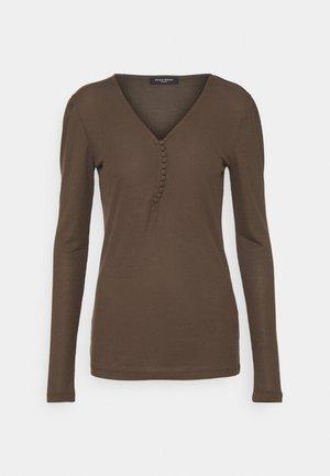 KATKA JUBI - Long sleeved top - major brown