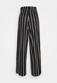 TOM TAILOR DENIM - PAPERBAG CULOTTE WITH POCKETS - Trousers - black/beige - 1
