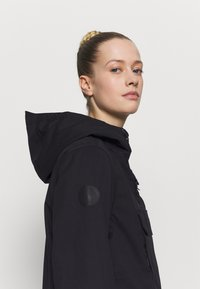 Rojo - BAILEY JACKET - Snowboardjacke - true black - 3
