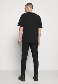 Neuw - RAY  - Jeans Tapered Fit - northblack - 2