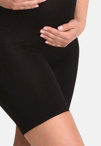 Mamsy - SLIMMING - Shorts - black - 2