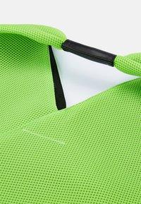 MM6 Maison Margiela - JAPANESE BAG CLASSIC - Bolso shopping - acid green - 6