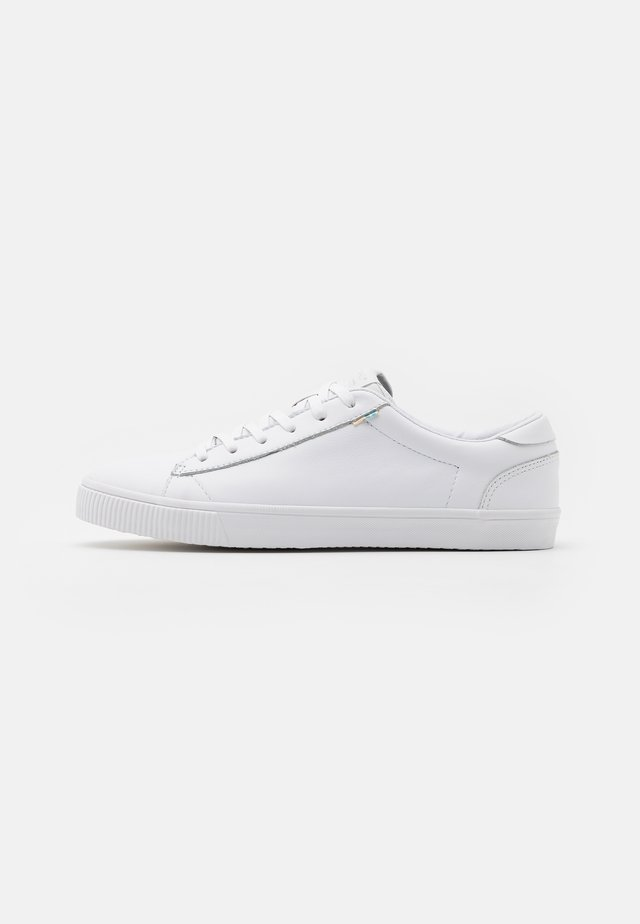 CARLSON - Trainers - white